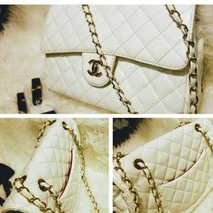 Handbags - White chain crossbody bag